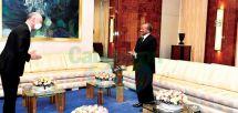 Echanges bilatéraux, situation dans la sous-région et d'autres sujets d'actualité au cœur de l'audience accordée hier par le président de la République, Paul Biya, à l'ambassadeur Christophe Guilhou.