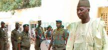 Mali : Bah N'Daw prend les rênes