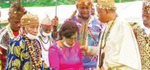 The event which took place recently in Meveo, Limbe I, Fako Division of the South West region equally witnessed the crowing of Minister Nalova Lyonga as Nyang'a Mboa.