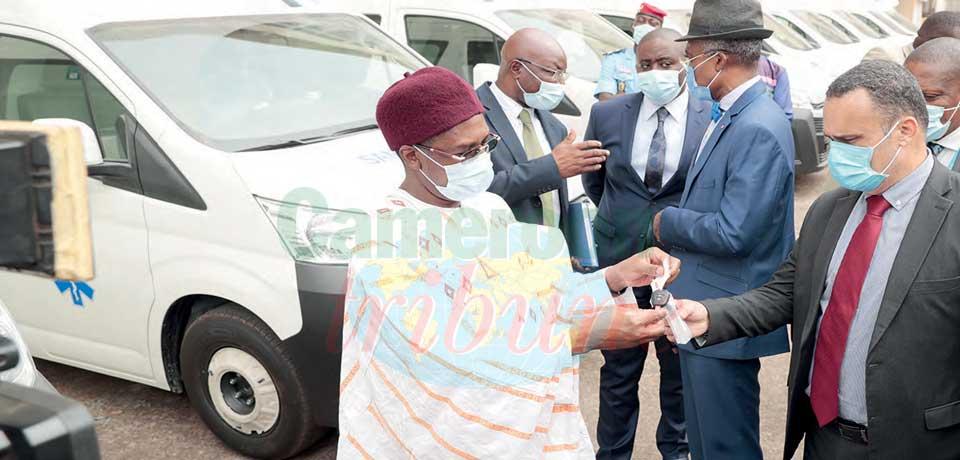 Les ambulances seront réparties dans les formations sanitaires des dix régions du pays.