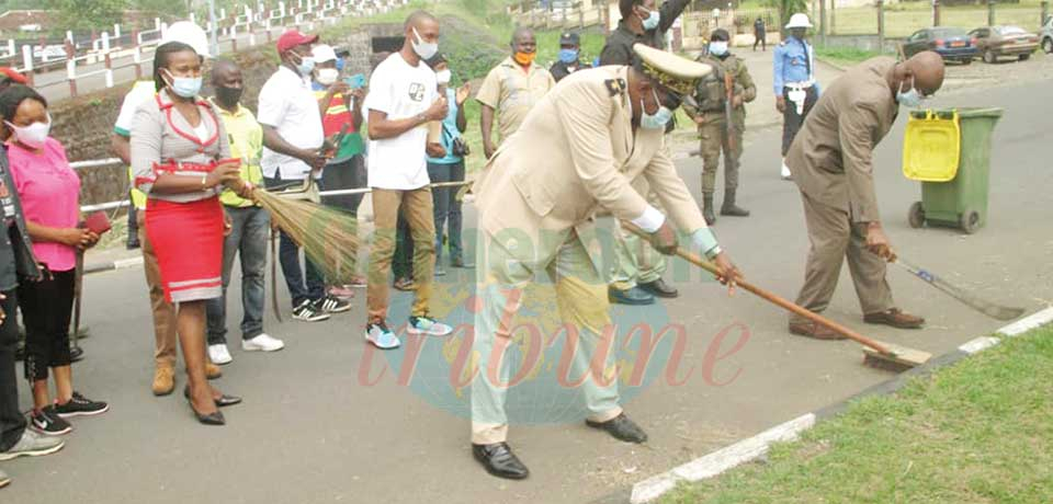 Governor Okalia (left) and President Bakoma bent on cleaning the South West.