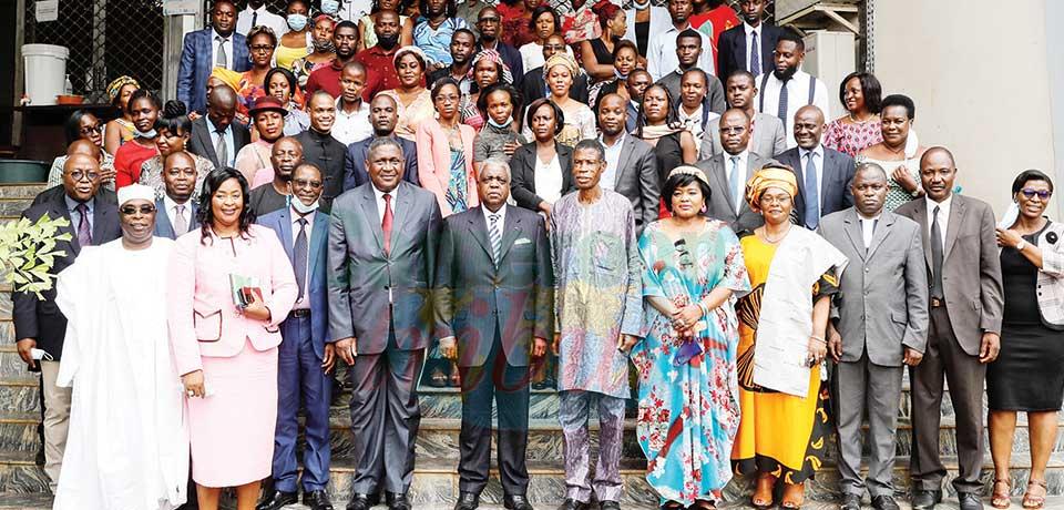 Ministère de la Communication : du sang neuf