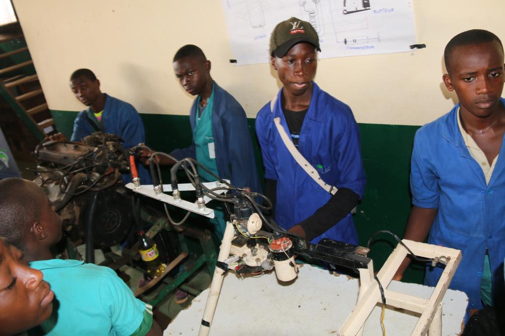 Centre : la diaspora encourage les jeunes défavorisés