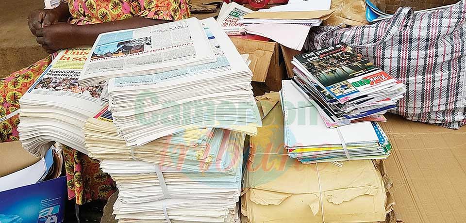 Commerce : la deuxième vie des journaux invendus