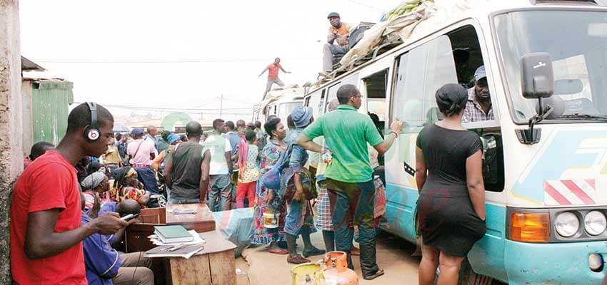 Yaoundé : ces gares routières mal garées