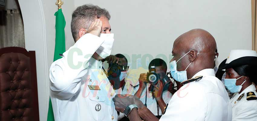 Cameroon-Brazil Cooperation  : Brazilian Navy Officer Decorated