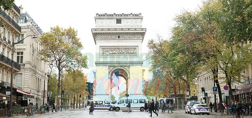 Paris à la veille de son deuxième forum sur la Paix.
