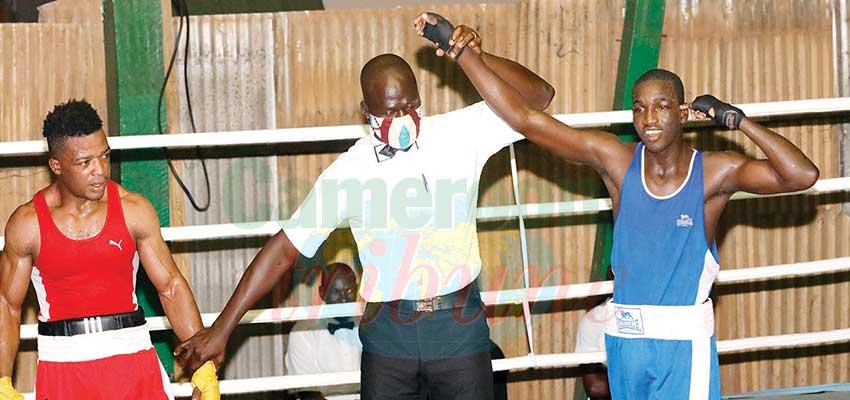 La soirée hommage du 19 décembre dernier, au gymnase du Camp de l'unité de Yaoundé, a marqué le retour des combats suspendus depuis des mois dans cette discipline.