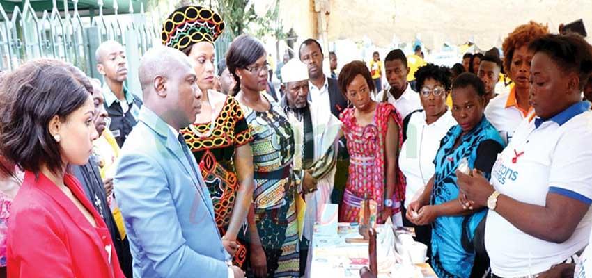Public-privé au service des victimes du vih/sida