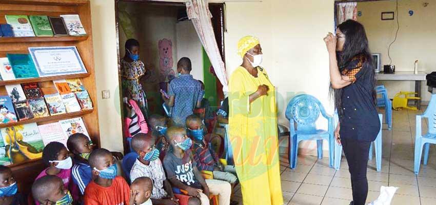 Douala : Lady Ponce appuie cinq orphelinats