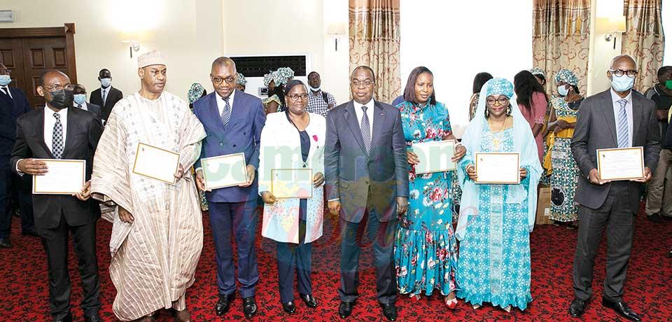Récompenses : des personnels du Minfi honorés
