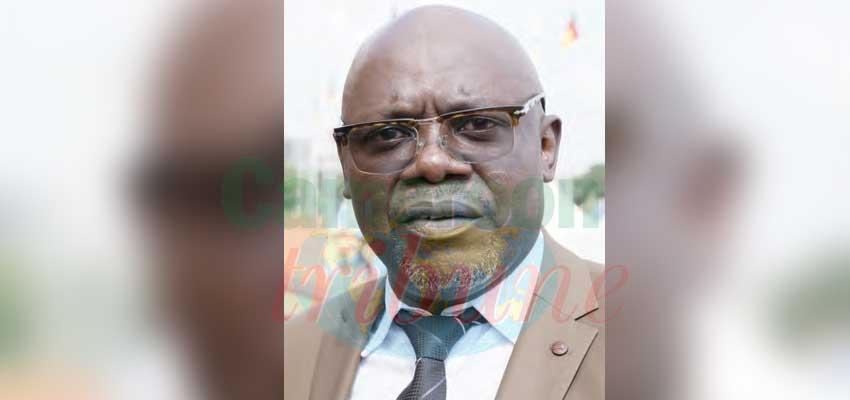 Ebenezer Kepombia, acteur et producteur de séries.