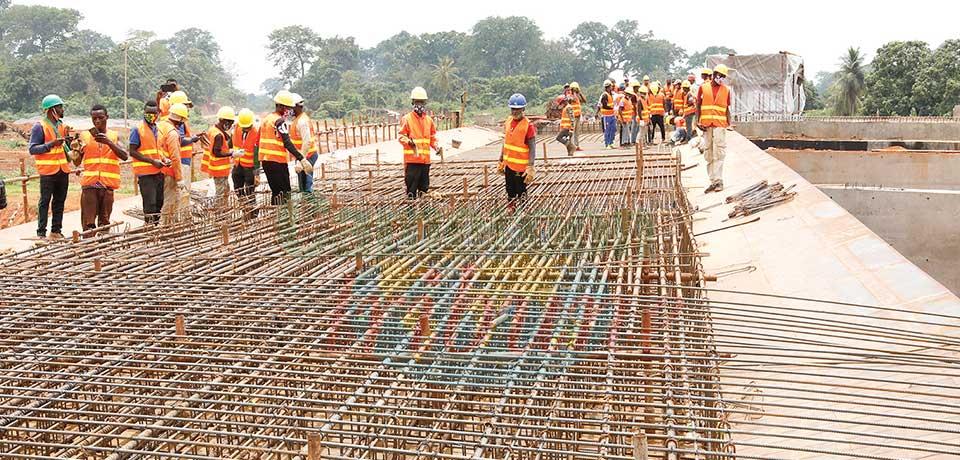 Projet d'investissements : priorité à la main d'œuvre locale