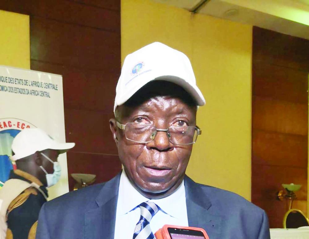 Sylvestre Ntinbantunganya, ancien président de la République du Burundi, chef de la Mission des observateurs de la Communauté économique des Etats de l'Afrique centrale (CEEAC).