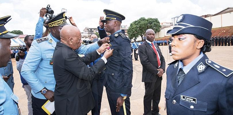 Image : Sûreté nationale: honneurs à deux policiers héroïques