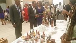 Quelques produits sud-africains présentés à Douala.