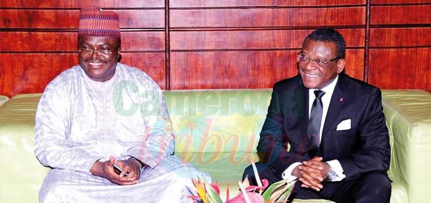 Le gouverneur de la région du Littoral a accueilli le PM à Douala.
