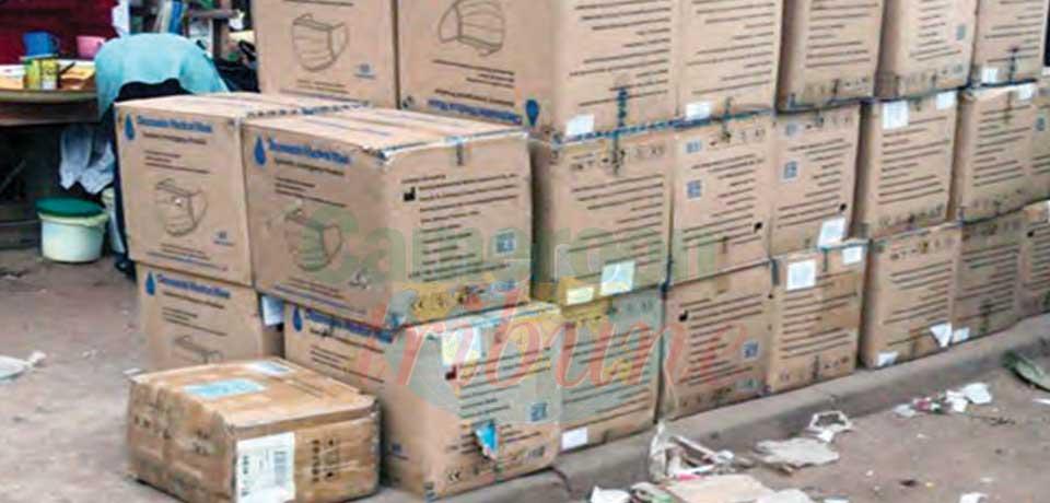 Trafic de produits pharmaceutiques : 150 000 cache-nez saisis à Yaoundé