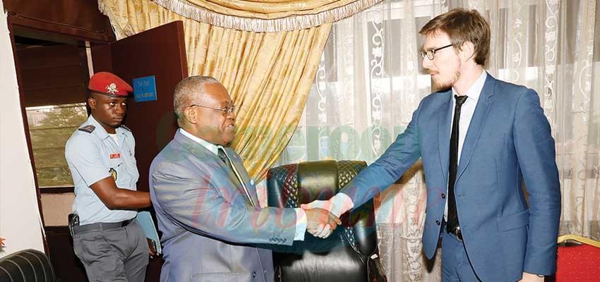 Recrutements des fonctionnaires: l'AFD va soutenir le Cameroun