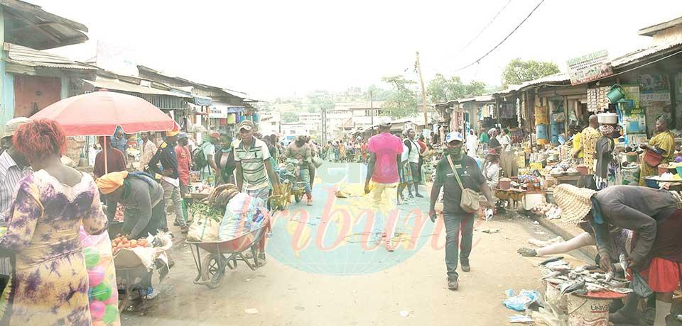 Occupation anarchique de la chaussée : le mal persiste à Yaoundé