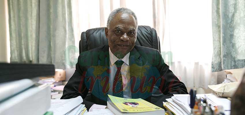 Pr. Laurent-Charles Boyomo Assala, politiste et sociologue, directeur de l'Ecole supérieure des sciences et techniques de l'information et de la communication.