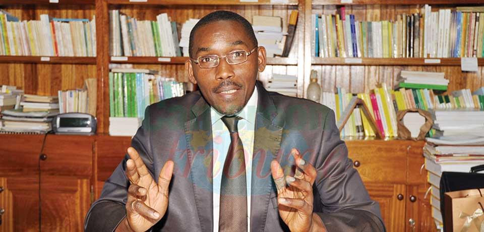 Pr. Marcelin Vounda Etoa, secrétaire permanent du Conseil national d'agrément des manuels scolaires et des matériels didactiques (Cnamsmd).