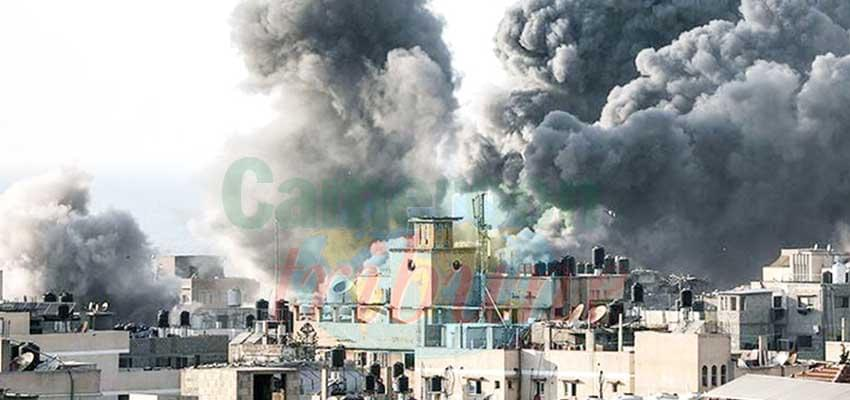 Libya : Tripoli Under Heavy Fire
