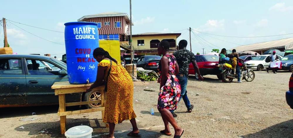 Manyu Division : Compulsory Hands Washing And Sanitizing