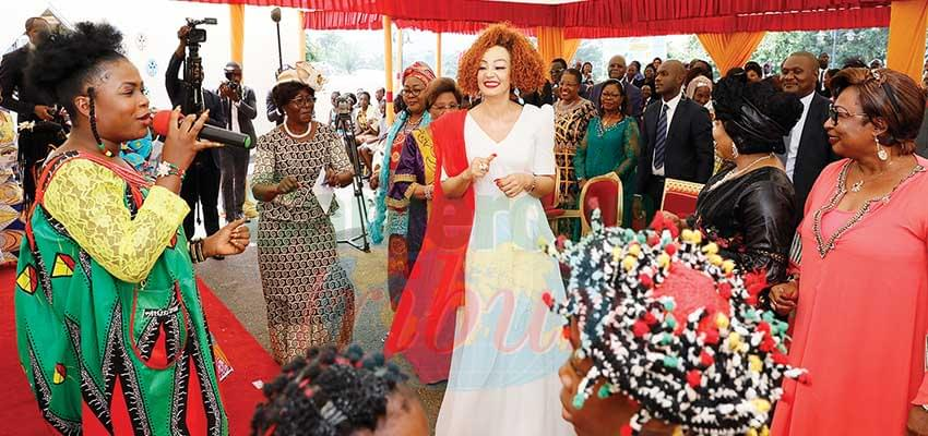 The First Lady took time to commune with the pupils