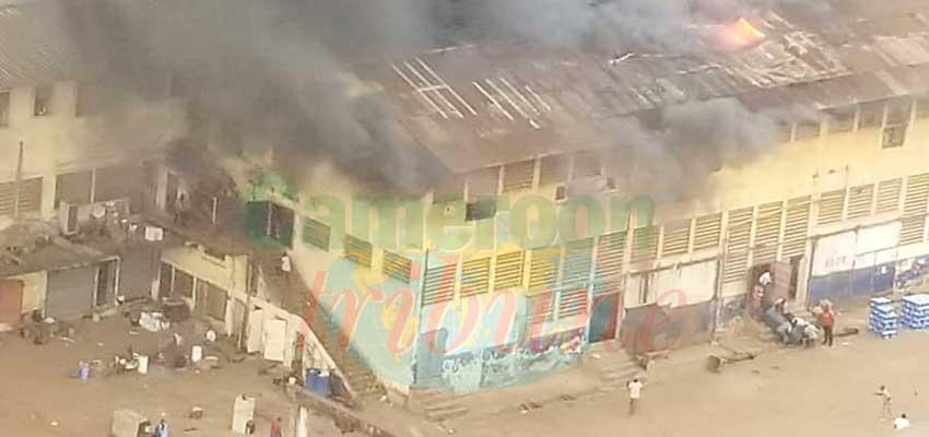 Yaoundé : une dizaine de boutiques en fumée