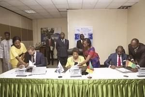 Institutions supérieures de contrôle des finances publiques: cinq pays africains reçoivent un appui