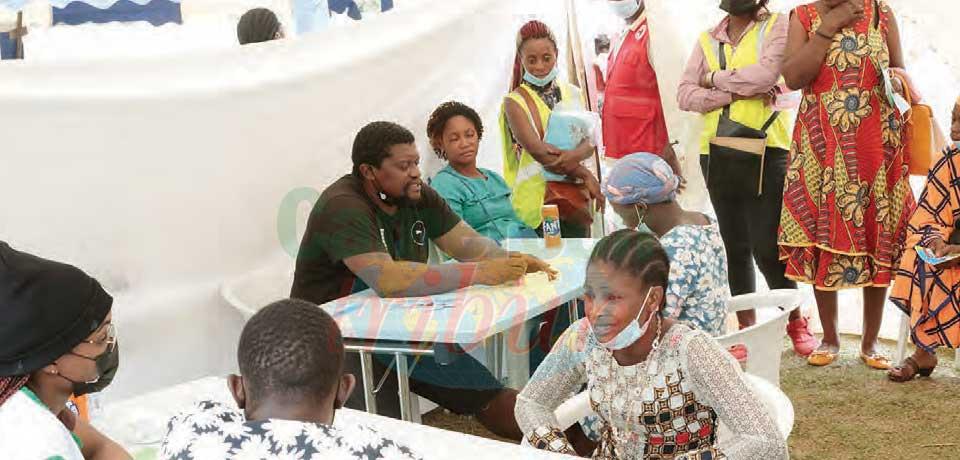 Pendant deux jours, les populations de Nnemeyong II située dans l'arrondissement de Mengong, région du Sud, ont bénéficié de l'expertise gracieuse de professionnels de la santé.