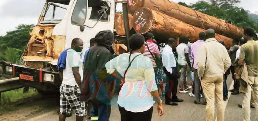 Edéa-Douala : trois accidents, trois morts