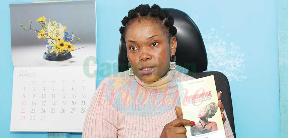 Dans son premier roman présenté le 10 août dernier à Yaoundé, Bizzelle La Fortune raconte les déboires d'une relation toxique.