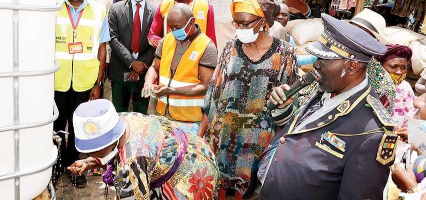 Marchés de Yaoundé IV : de l'humour pour sensibiliser