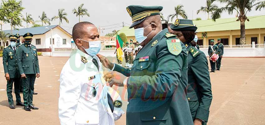 Brigade du Quartier général : épaulettes et galons pour des promus