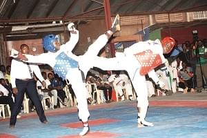 Taekwondo Cup of Cameroon : Donkel Paldam, Elegance Pressing Lift Trophies