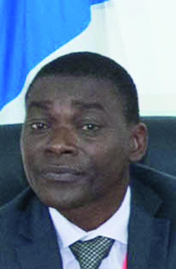 Dr Edmond Ebal, président de la commission animation et manifestations culturelles.