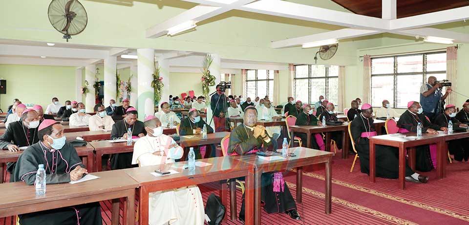 La conférence épiscopale se fait du souci pour la jeunesse camerounaise.