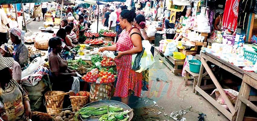 Douala : Rush For Foodstuff Intensifies