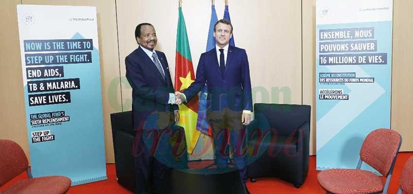 Echanges cordiaux entre Paul Biya et Emmanuel Macron.