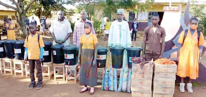 Adamaoua: 2500 masques distribués aux élèves
