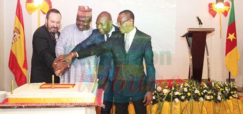 Moments d'exaltation de l'amitié entre l'Espagne et le Cameroun.
