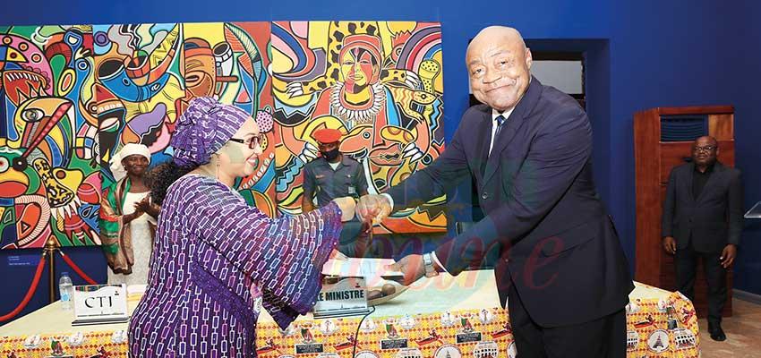 Djaïli Amadou Amal : les félicitations du chef de l'Etat