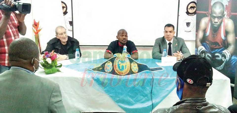 Full-contact : le champion d'Afrique présenté à Douala