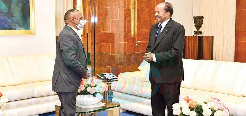 Envoyé spécial du président Gotabaya Rajapaksa, le haut-commissaire sri-lankais au Kenya, S.E Veluppillai Kananathan, a été reçu hier en audience par le président de la République, Paul Biya.