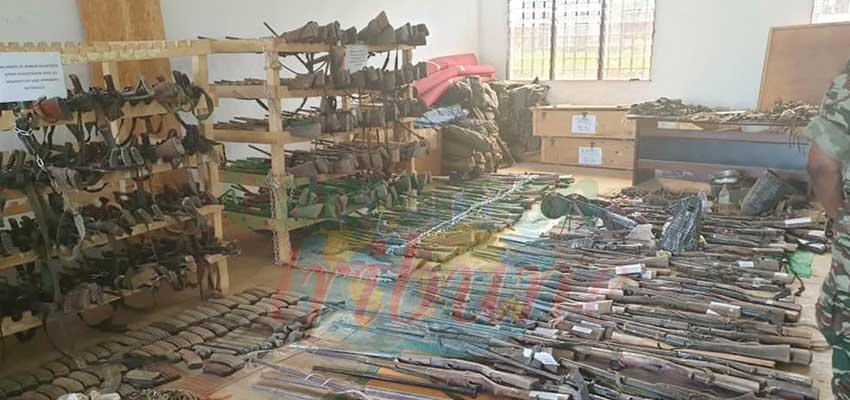Weaponsseized from kidnappers by Cameroon Defence forces.