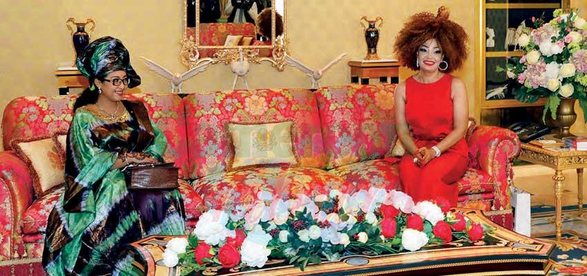 Une écrivaine chez Chantal Biya