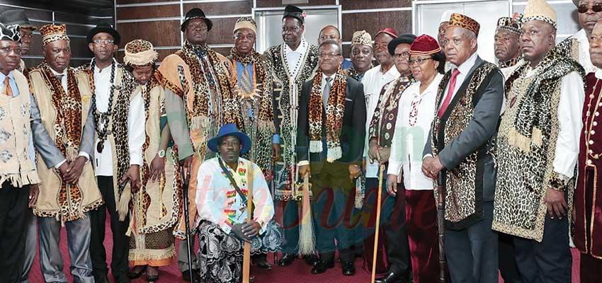 Des chefs traditionnels chez le PM