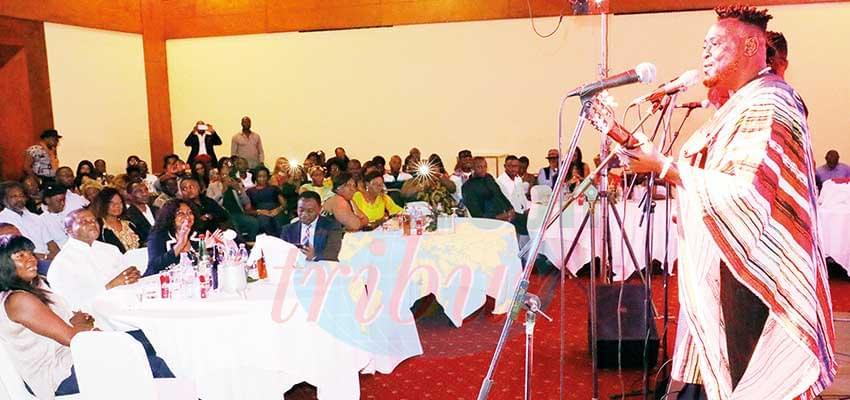 Hervé Nguebo a fusionné avec son public.